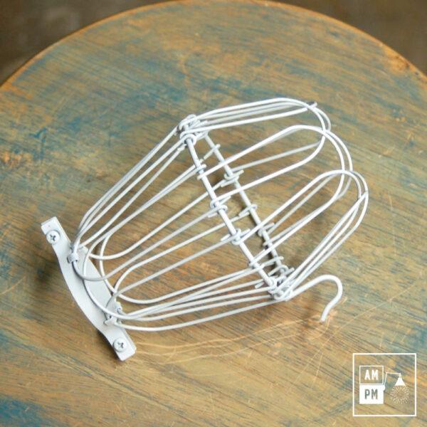 cages-legeres-acier-blanc-lampe-suspendue-portable