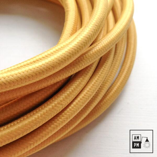 fil-electrique-recouvert-rayonne-coloree-autobus-scolaire-3