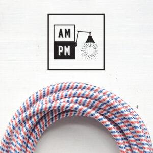 Fil électrique recouvert de tissus coloré à motifs
