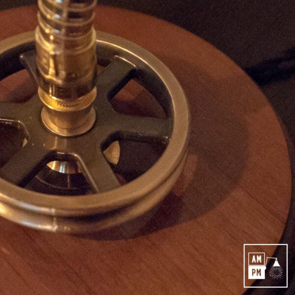 lampe-bureau-bronze-bois-3