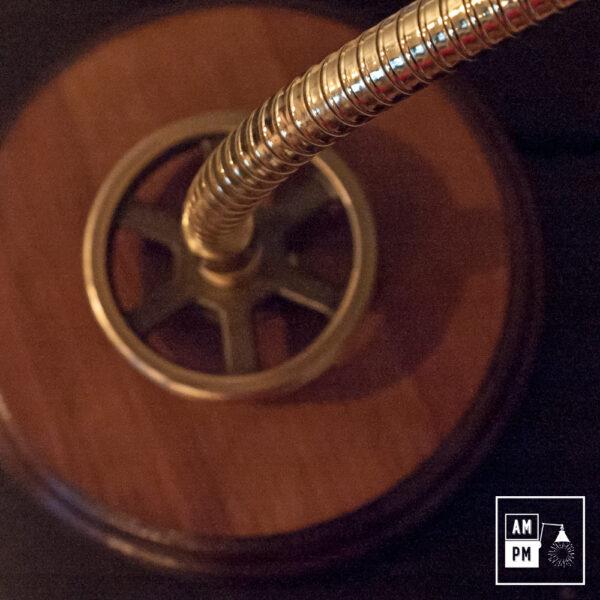 lampe-bureau-bronze-bois-4
