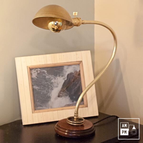 lampe-bureau-bronze-bois
