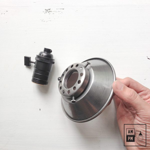 petit-abat-jour-cône-vintage-métal-biseauté-acier-7