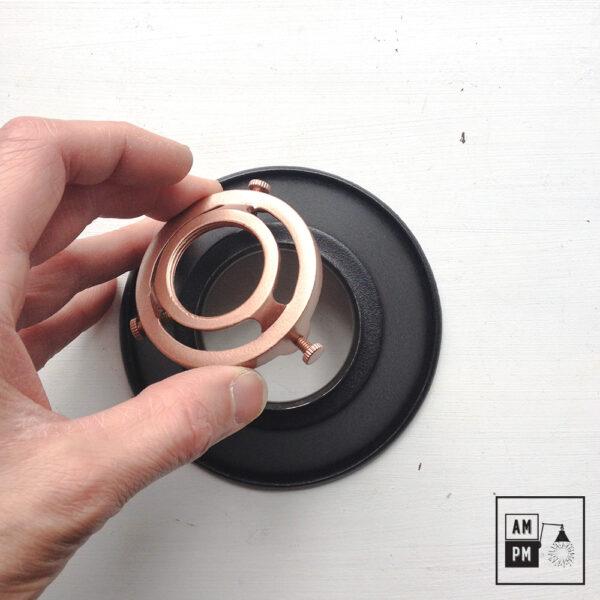 petit-abat-jour-cône-vintage-métal-biseauté-noir-texture-6