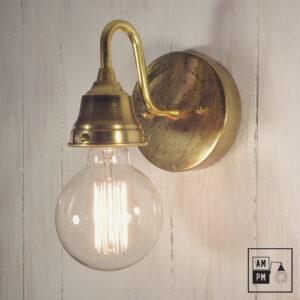 lampe-murale-farmhouse-antique-laiton-A1M04