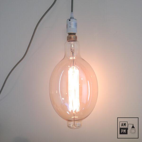 ampoules-antique-gigantesque-grandiose-grand-nostalgics-bulb-huge-1