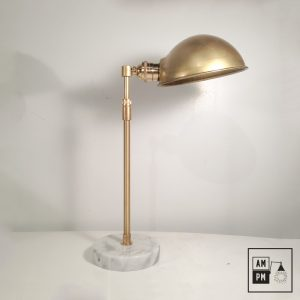 Lampe-de-table-telescopique-laiton-marbre-blanc-A2P09