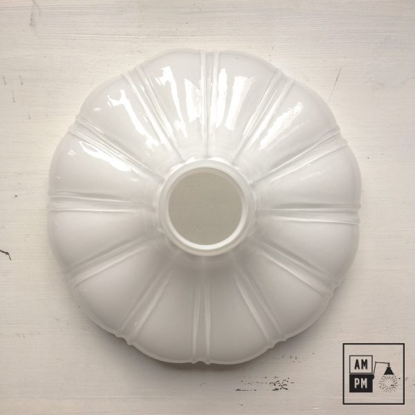 abat-jour-petticoat-verre-opaline-blanc-4