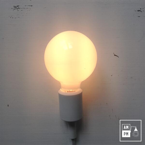 ampoules-antique-style-globe-blanc-laiteux-G30-2