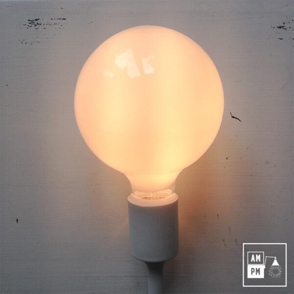 ampoules-antique-style-globe-blanc-laiteux-G40-2