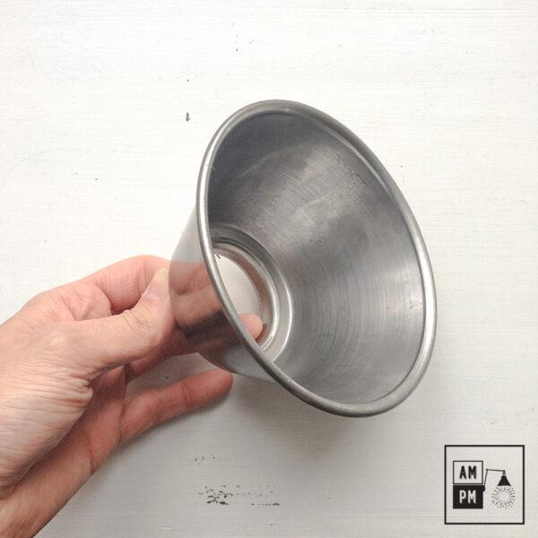 moyen-abat-jour-cône-vintage-métal-biseauté-acier-1