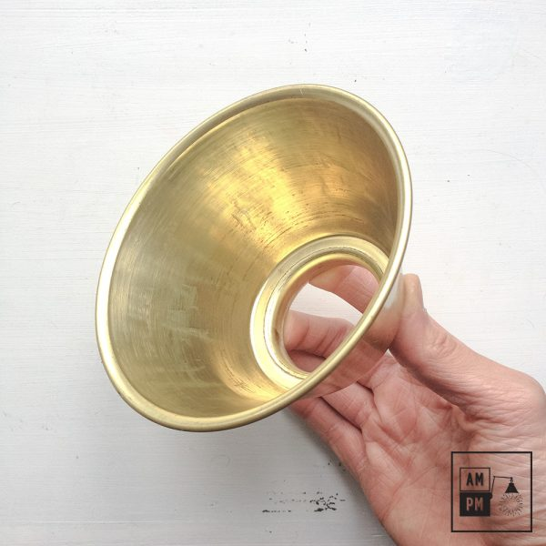 moyen-abat-jour-cône-vintage-métal-biseauté-laiton-1