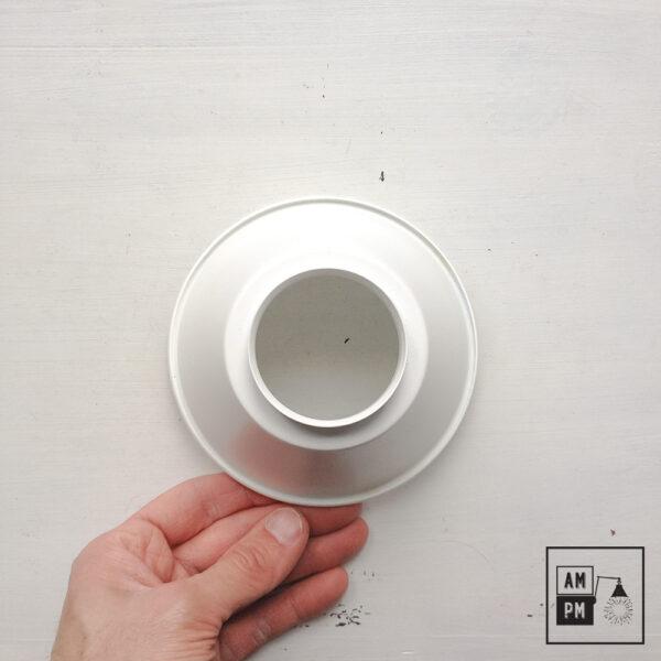 petit-abat-jour-cône-vintage-métal-biseauté-blanc-1