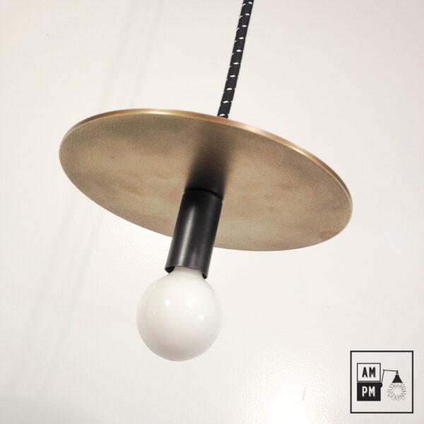Lampe-suspendue-minimaliste-moderne-avec-disque-plat-laiton-brosse-noir-A3S50-1