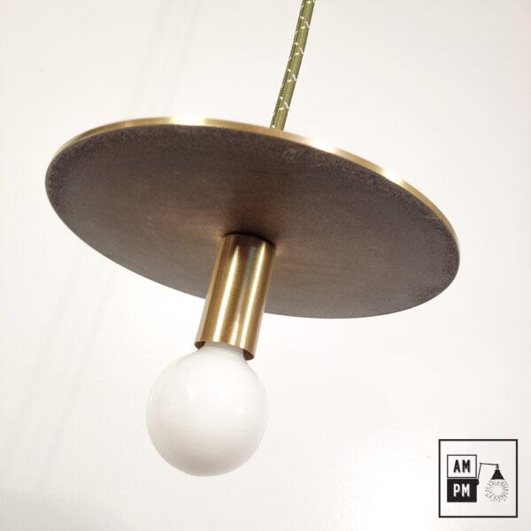 Lampe-suspendue-minimaliste-moderne-avec-disque-plat-laiton-satine-A3S50-1