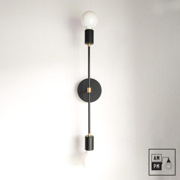 Applique-murale-minimaliste-sur-tiges-Symetrium-noir-laiton-A4M46-1