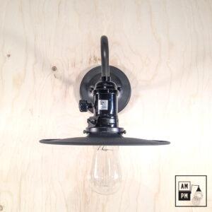 lampe-murale-antique-assiette-disque-noir-A3M27