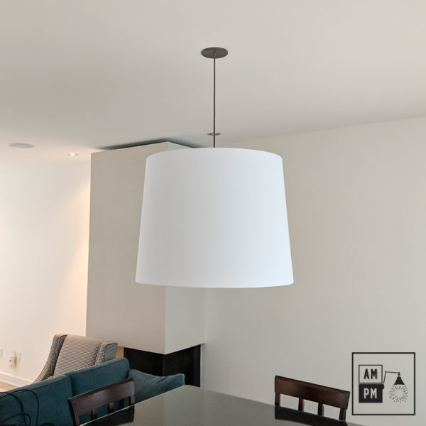 lampe-suspendue-moderne-surdimensionnée-en-tissus-A4S52